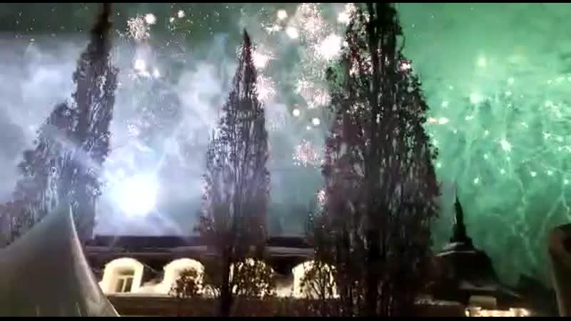 Новогодний салют в Подмоскоvные Vечера Барвиха