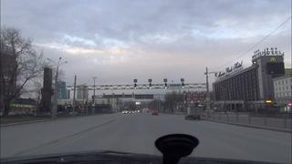 Карантин в Екатеринбурге: Свободные дороги - мечта автомобилиста (апрель 2020).