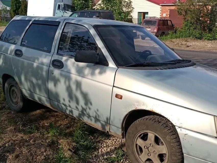 В Таганроге автомойщик уехал в магазин на автомобиле клиента и попал в ДТП, после бросил его