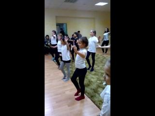 Восточные танцы в Астрахани. Открытый урок в ансамбле ''Камелия'' рук. Бакаева Мавлия. Группа ''Камелия-Лотос'' педагог-репетито