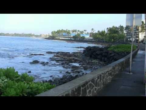 Tsunami swells Alii dr kailua-kona Hawaii