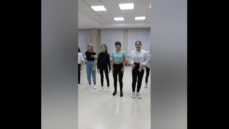 ДЕТСКАЯ ШКОЛА МОДЕЛЕЙ агентства LINDA Хореограф Юлия Панкратова