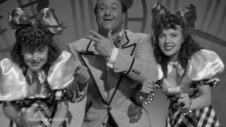 Thank Your Lucky Stars (1943) – Ida Lupino and Olivia de Havilland - The Dreamer