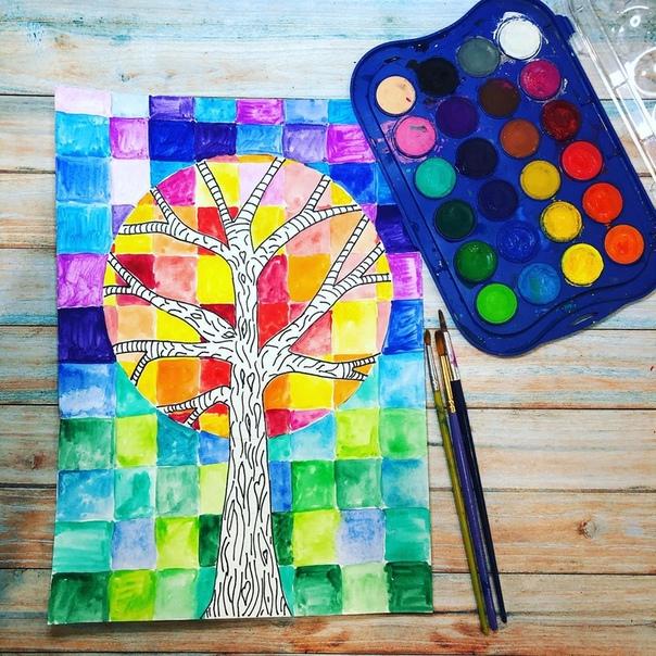 ОСЕННИЕ РИСУНКИ С ДЕТЬМИ. Осеннее дерево в стиле мозаика. План работы:- расчертить лист на квадраты - по линейке простым карандашом,- нарисовать в центре круг,- нарисовать ствол дерева, чтобы