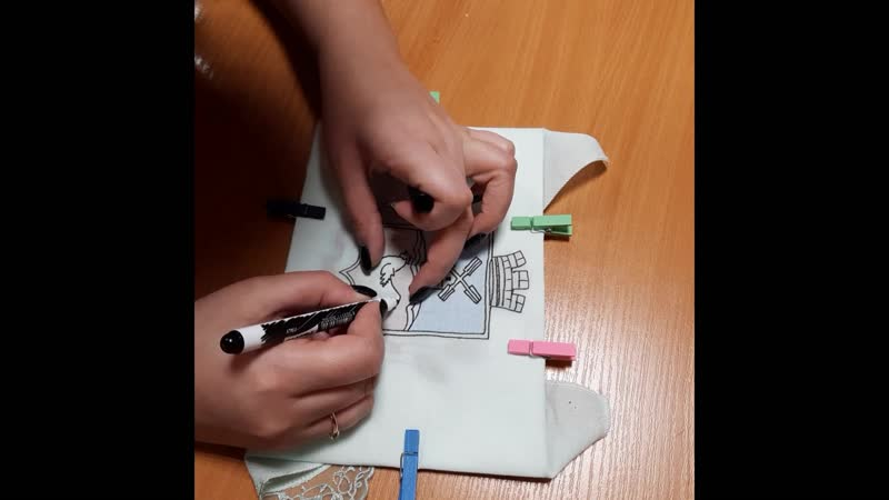 Мастер класс по росписи носовых платков текстильными фломастерами