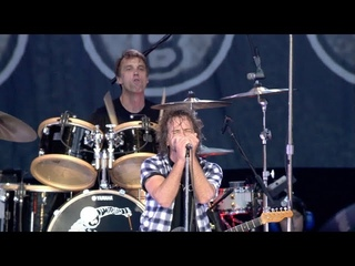 Pearl Jam - Of The Earth (London, 2010)