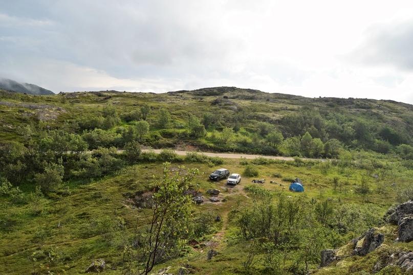 Вид на лагерь, фотография утренняя