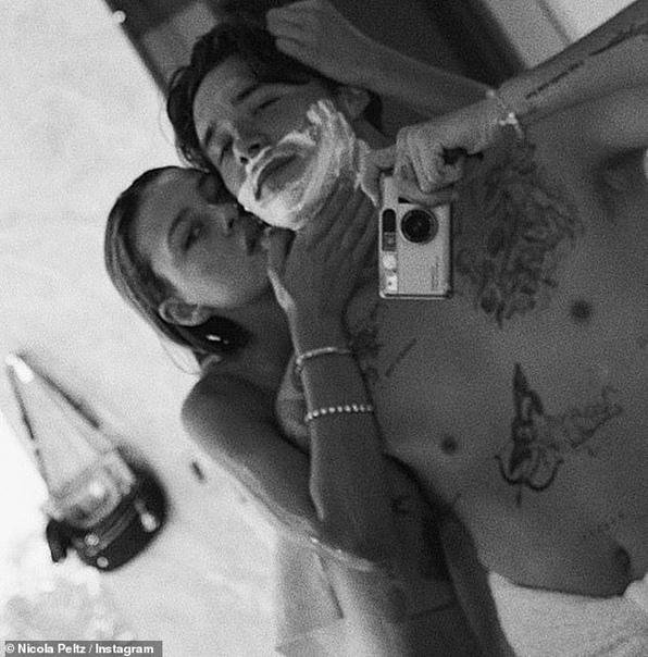 «Это отвратительно». Бруклина Бекхэма обвинили в призыве к домашнему насилию из-за фотографии, где он «душит» невесту