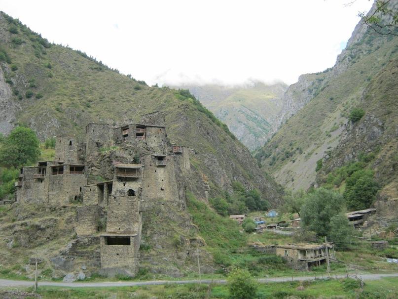 Старинные строения в Хевсуретии