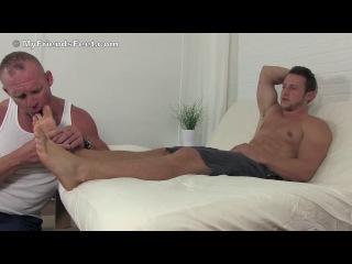 KENNY FOOT MASTER gay feet trampling domination