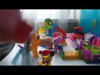 Играем с конструктором Playmobil Видео для детей Детский канал Детские игры