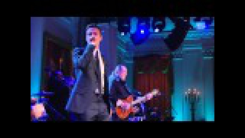Justin Timberlake and Steve Cropper Perform Sittin' On The Dock of the Bay at In Performance
