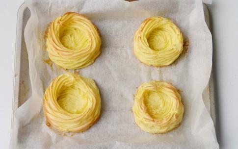 Картофельные гнезда с начинкой из яиц, изображение №6