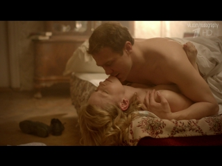 Обнажённая в постели - Юлия Пересильд в сериале Таинственная страсть (2015, Влад Фурман) - 8 серия (1080p)