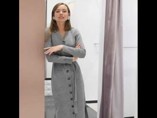 Наши чудесные платья из плотного трикотажа. На пуговицах, с поясом, в двух цветах - серый и бежевый.  Интернет-магазин: www