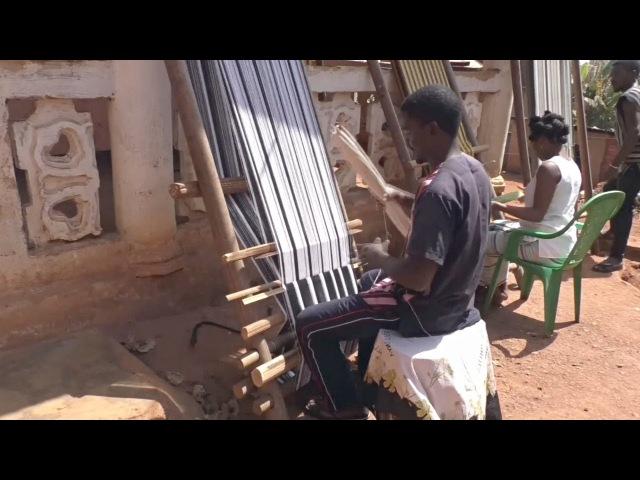 Камерунцы привлекают туристов ткачеством (новости)