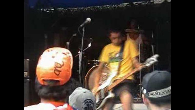 Discarga Live At Thrashfest Holland 2008