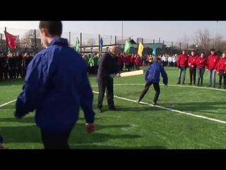 Мэр Хабаровска сыграл в лапту