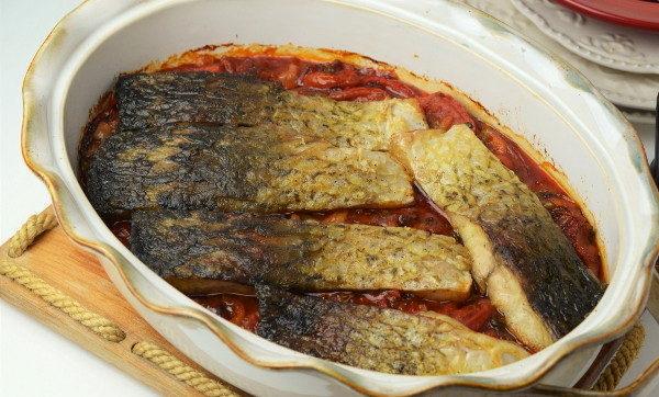 Запеченная рыба с овощами, изображение №7