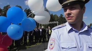 Открытие памятника-самолета Ту144 в Жуковском - Репортаж и откровенные интервью. Часть 1