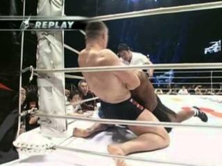 18   Kevin Randleman vs Mirko Cro Cop Filipovic PRIDE   Shockwave 2004 31 12 2004