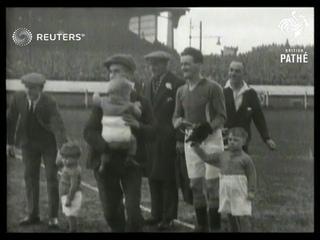 FOOTBALL: Irish Cup Final: Linfield v Ballymena United (1930)