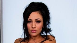 Audrey Bitoni 7