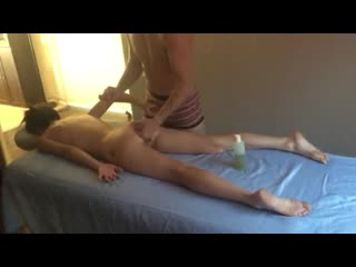 Male Massage Therapist Makes Her Squirt - Real Massage and Female Orgasm [ #Amateur #Brunette #FemaleOrgasm #HD]