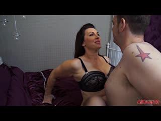 Зрелая в чулках трахает молодого, sex milf mom mature woman lady porn fuck young boy toy ass tit boob love pussy (Hot&Horny)