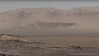 Curiosity Mars Rover Snaps 1.8 Billion-Pixel Panorama (narrated video)