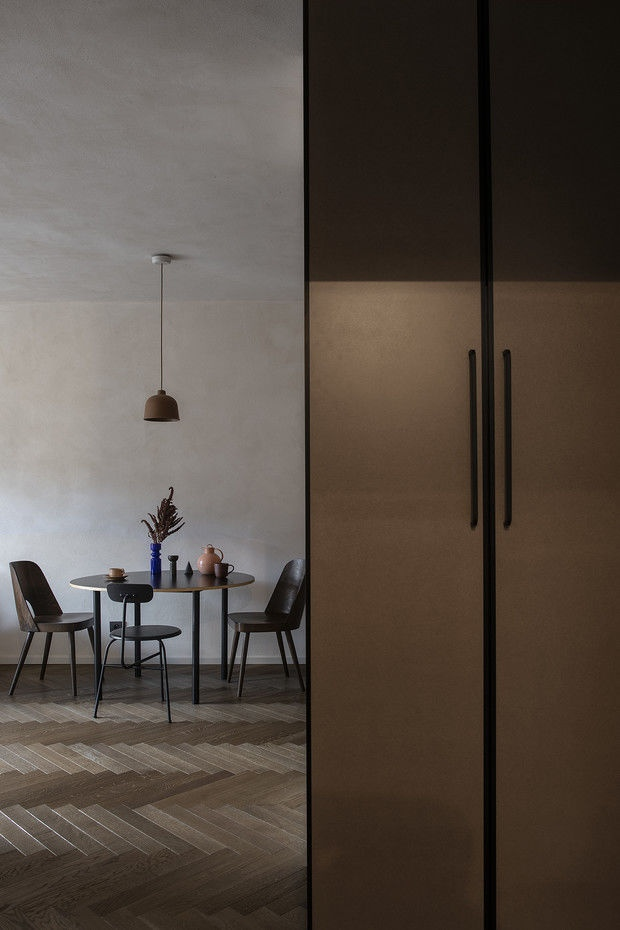 Квартира 45 м² с винтажной мебелью в Гданьске по проекту Магдалены Милейской