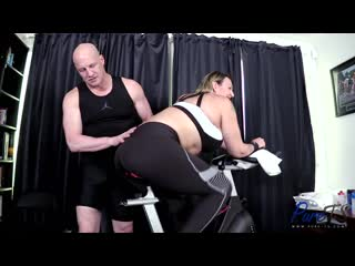 Hannah XO - New Trans Starlet Shows Off Her Workout Form [ г., Shemale, Trans, Hardcore, Blowjob, Anal, Bareback]