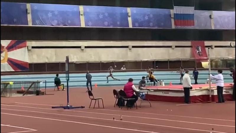 Поздравляем победительницу в беге на 400 м Викторию Котову