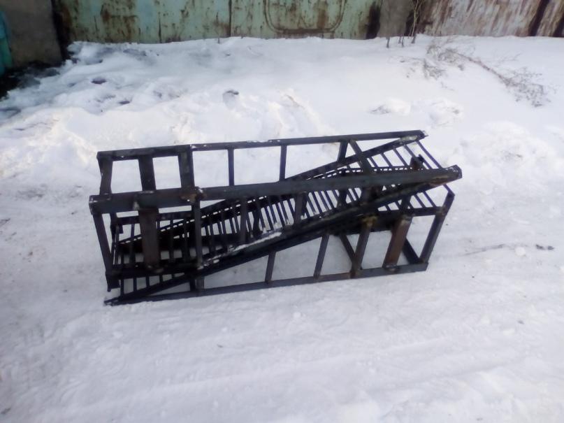 Купить мини эстокаду 4000 руб. Тел.   Объявления Орска и Новотроицка №13477