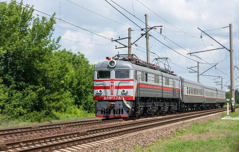 Частично изменено движение пригородного поезда «Ясиноватая-Дебальцево»