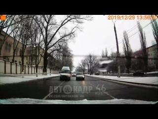 50 лет Октября конфликт  на ровном месте Автокадр_46