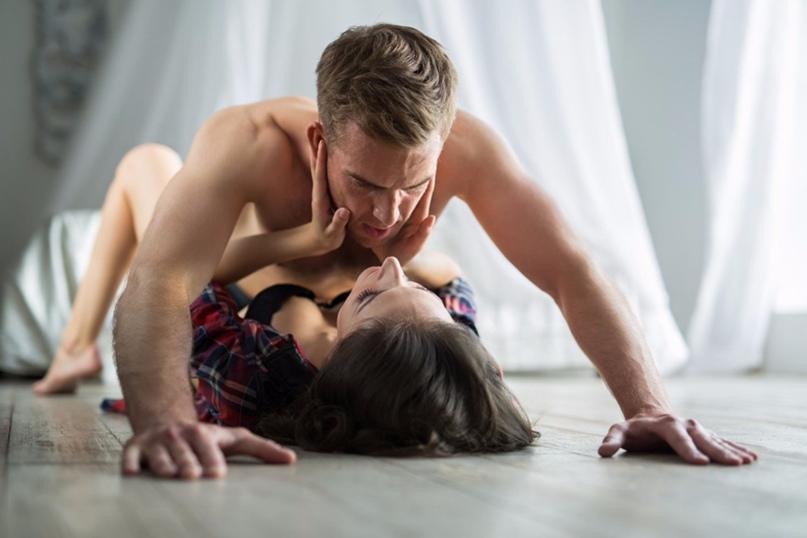 Секс рассказы ночной клуб видео стрептиз женщины в ночных клубах