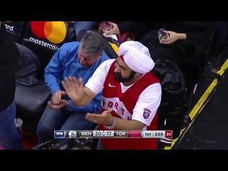 Болельщики «Торонто» встретили Марка Газоля аплодисментами стоя