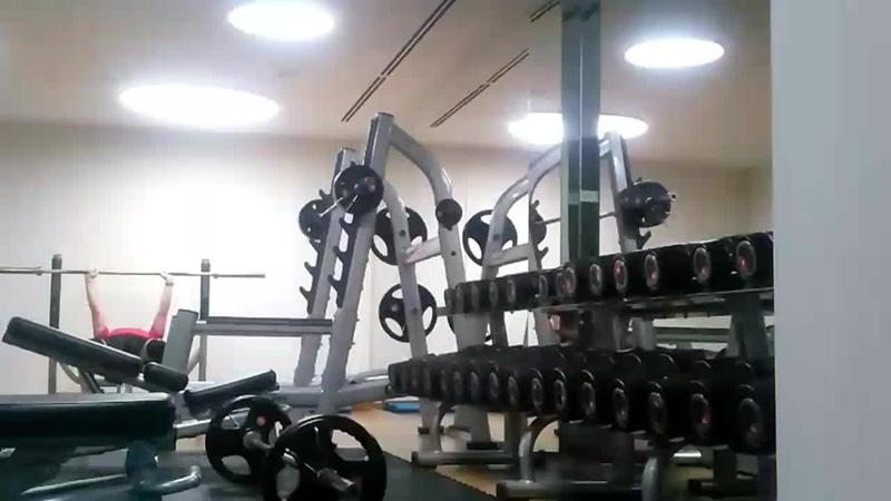 ვარჯიში დილამშვიდობისა კომბინაციაში ჩაჯდომასთან упражнения доброе утро в комбинации с приседанием вес на штанге 50 кг