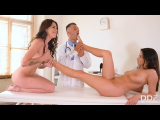Verona Sky & Alyssia Kent (Perverted Trio Of Medical Practitioners) [2020, Anal, Threesome, Big Tits, Facial, 1080p]