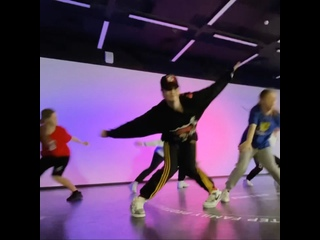 Алина Павлючкова мастер-класс (Настя Чередникова) Танцы на ТНТ