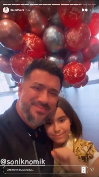 Ани Лорак вместе со своим бывшим, похоже уже и нет, мужем устроили пафосную вечеринку по случаю Дня рождения своей дочки: