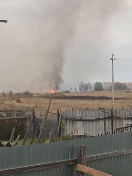 За деревней Мазуля в очередной раз пожар, когда же...