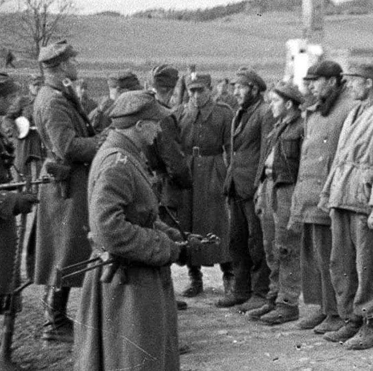 23 сентября 1944 года началось принудительного выселения этнических украинцев из Польши на Украину.