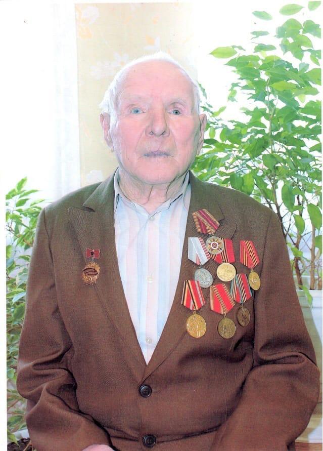 Сегодня исполняется 94 года одному из немногих