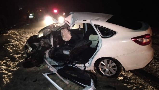 На трассе Марий Эл столкнулись грузовик и легковушка