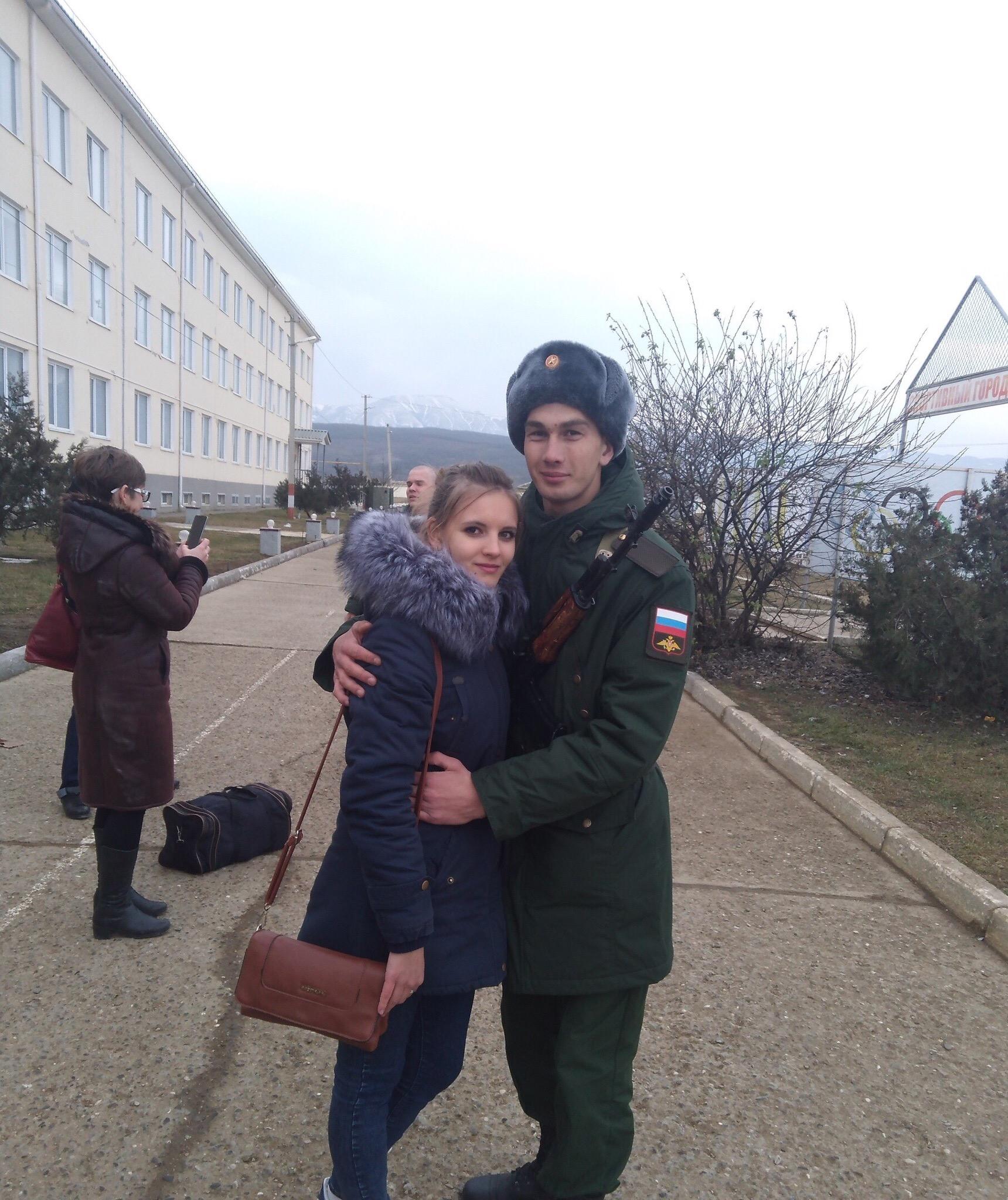 Сергей, 20, Novodonetskaya