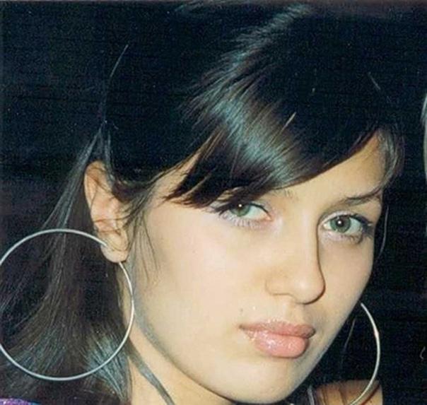 Российская телеведущая Виктория Боня рассказала, что ее несколько раз пытались изнасиловать в детстве, в том числе и маньяк По ее словам, первый такой случай произошел, когда она вместе с