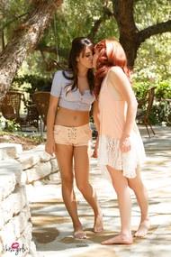 Elle Alexandra & Natalie Heart