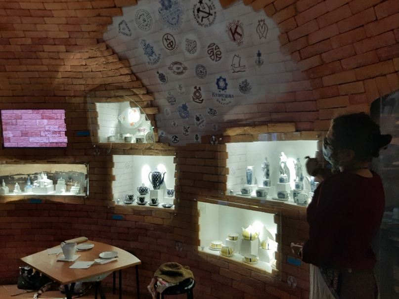 Экскурсия по Музейному цеху фарфора